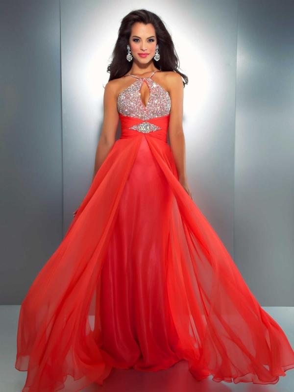 Красивое платья вечерние