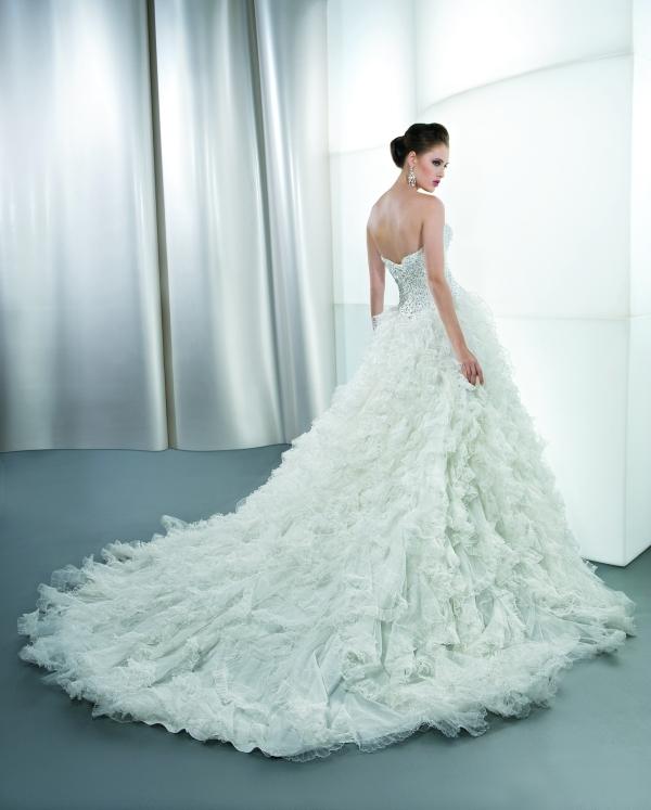 Свадебные Платья Со Шлейфом Пышные Купить