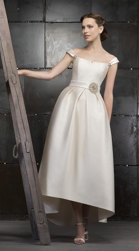 Короткое свадебное платье в ретро стиле 60-х годов (фото-примеры