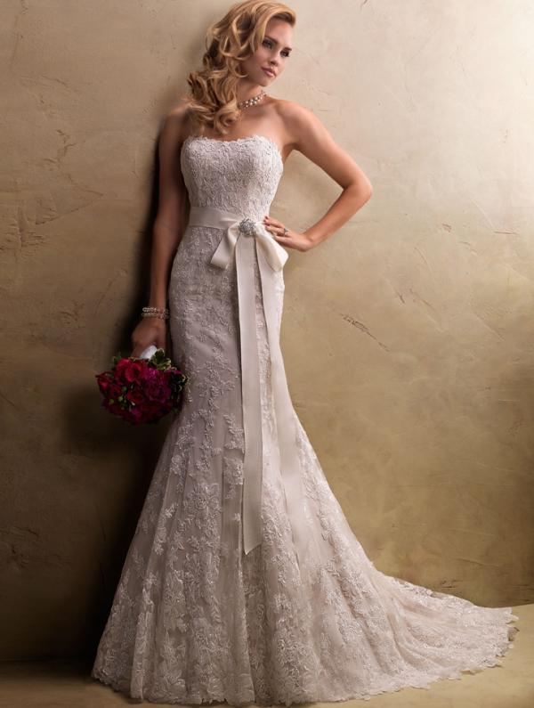 Платье свадебное рыбка кружевное