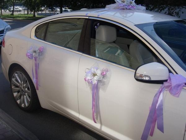 Фото новинок свадебных украшений на машину