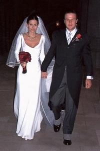 свадебное платье кортни кокс