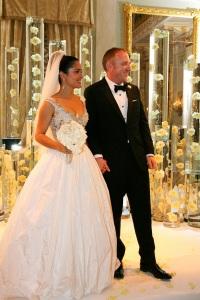свадебное платье сальмы хайек