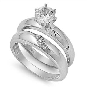 панрые кольца с камнями