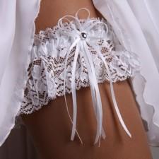 Свадебная подвязка: изюминка в образе невесты. Фото и полезные советы
