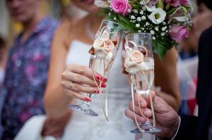Изображение - Слова поздравления от мамы жениха на свадьбе своими словами 23054_f-300x199