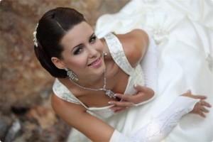 невеста с макияжем