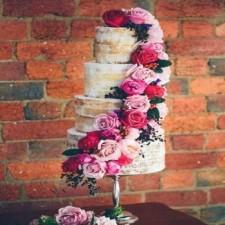 Свадебный торт без использования мастики: вкусно, натурально и красиво